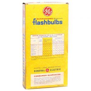 General Electric no5 Clear Flash Bulbs - back