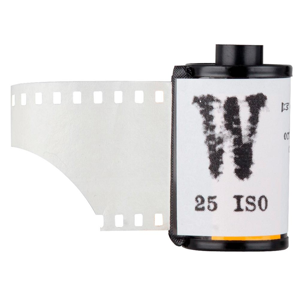 "Film Washi ""W"" 35mm – Orthochromatic – 25 iso – 16 exp – Kozo Paper"
