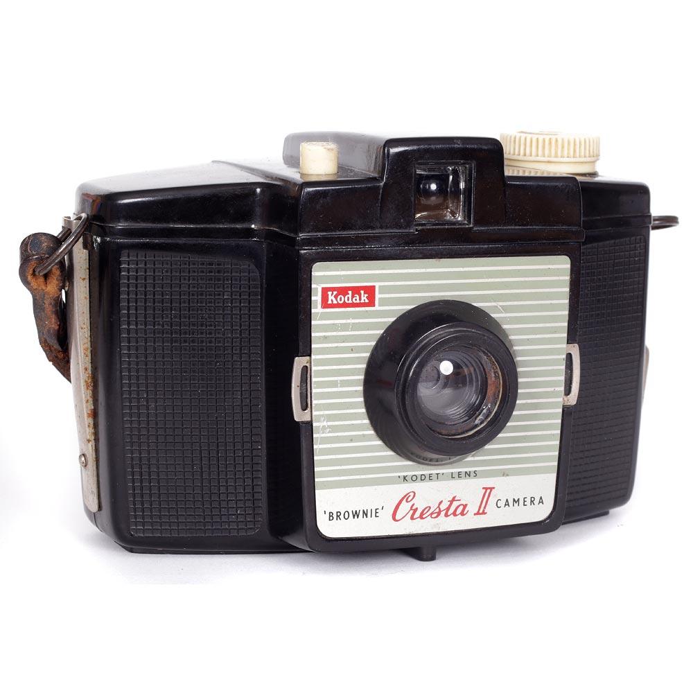 Kodak Brownie Cresta II Camera with Neck Strap – Uses 120 Film!