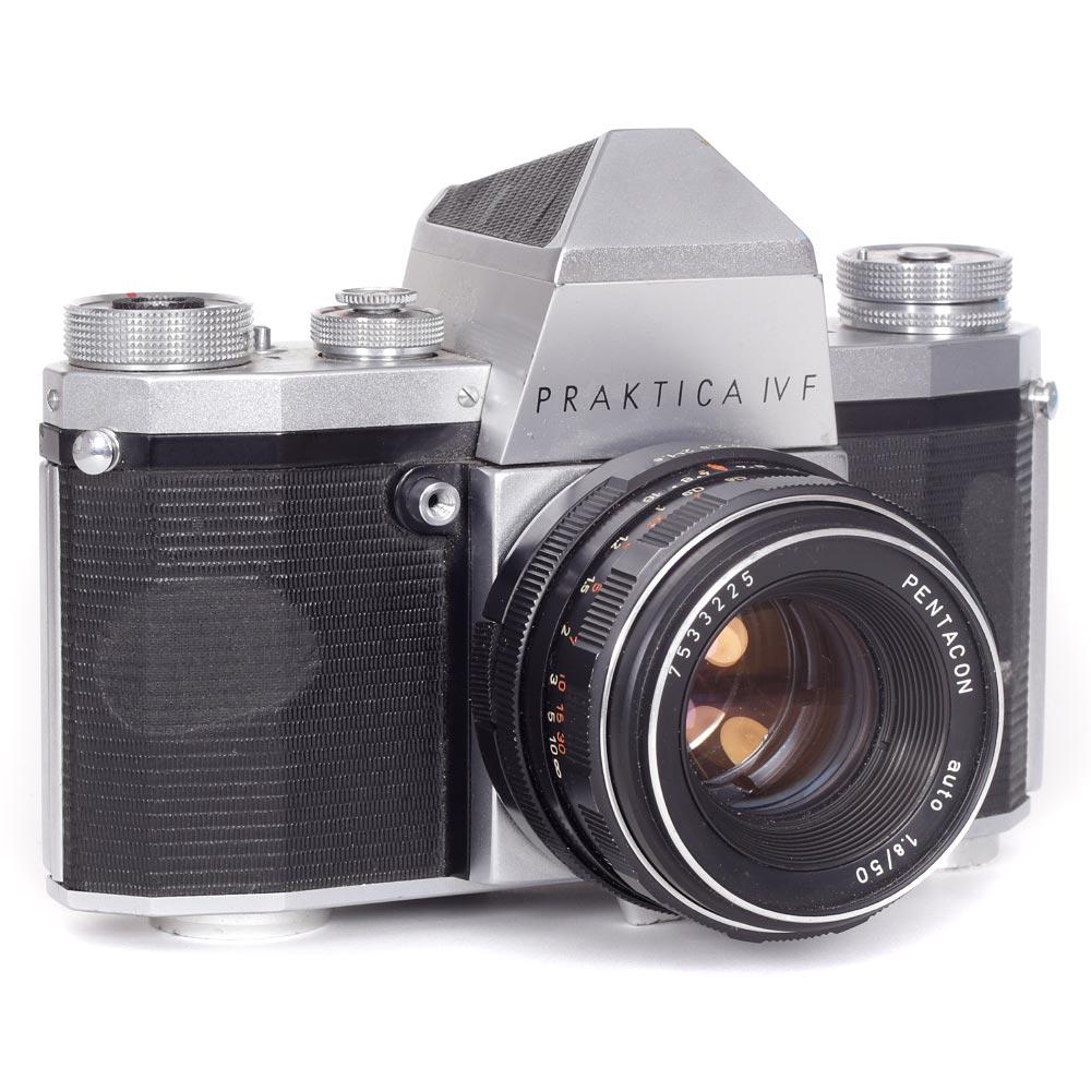 Praktica IV F 35mm Camera with a Penticon 50mm f/1.8 Lens