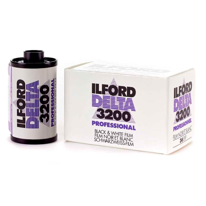 Ilford DELTA 3200 Professional Black & White 35mm Film – 36 Exposures