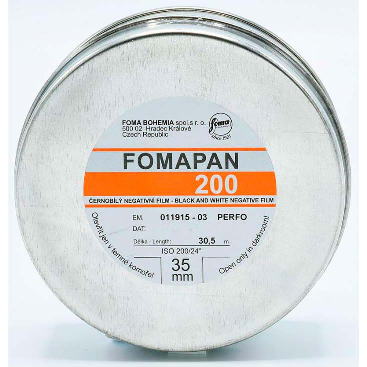 Fomapan 200 Creative Black & White Film – 35mm – 30.5 Meter Bulk Roll