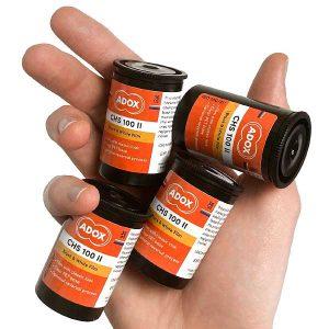 Adox CHS 100 II - in hand